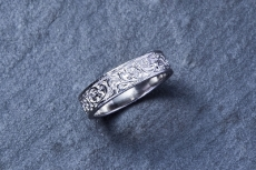 Arabesque Ring(L) PT900